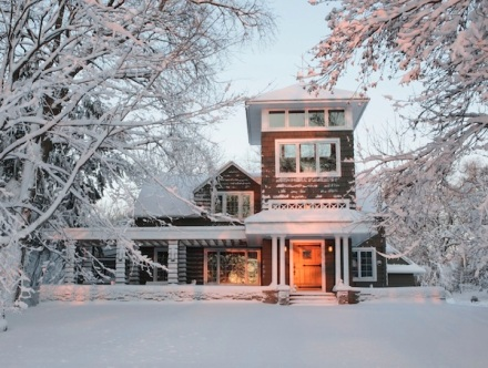 winter-curb-appeal