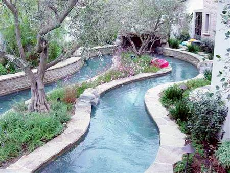 outdoor lazy river